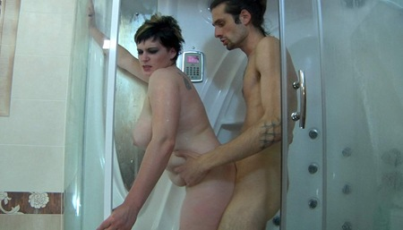 guysformatures stephanie gets fucked at the shower